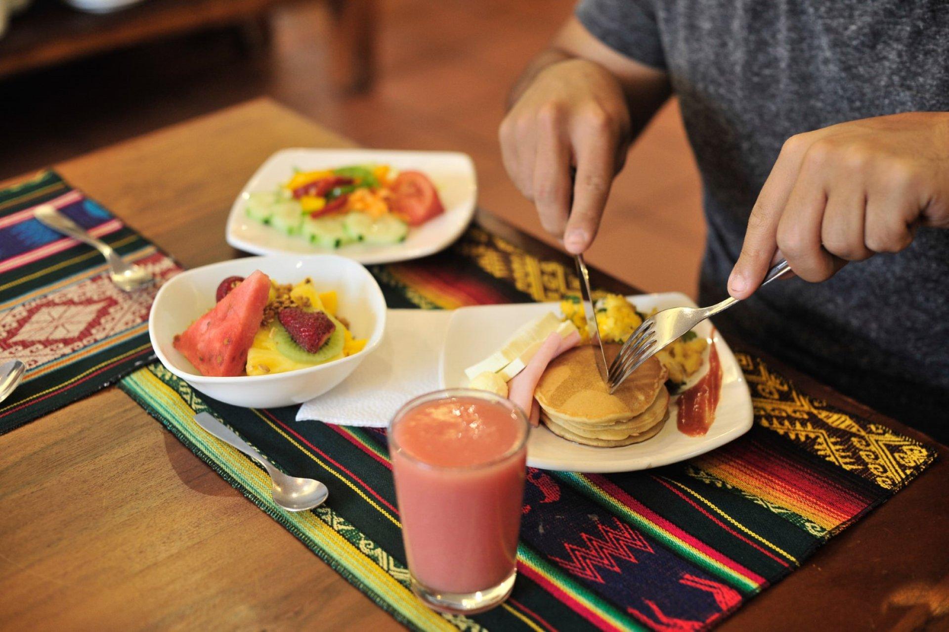 Buganvillas Restaurante en Hotel La Floresta - Baños de Agua Santa